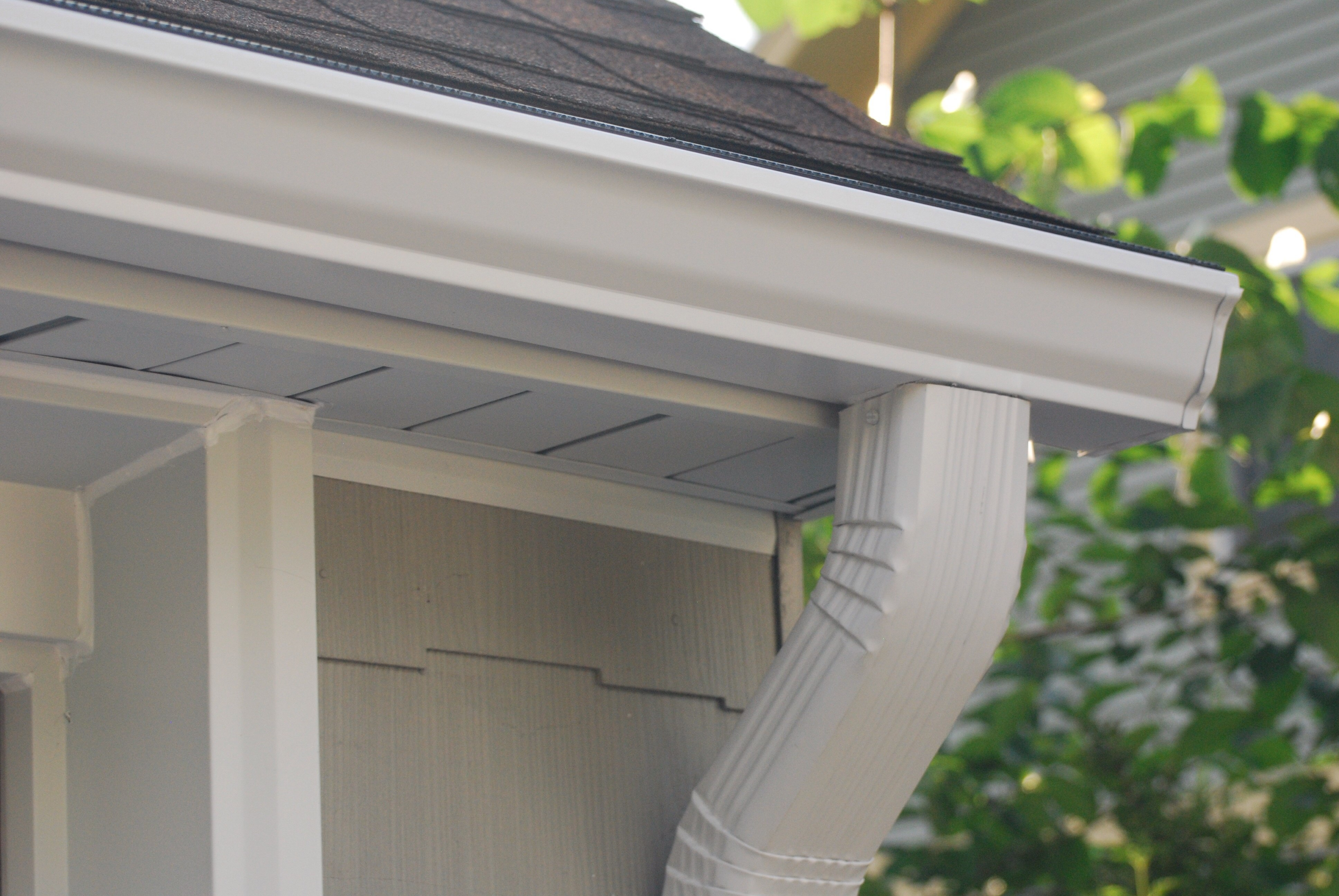 Aluminum Guttering - Express Roofing Company Ltd  in