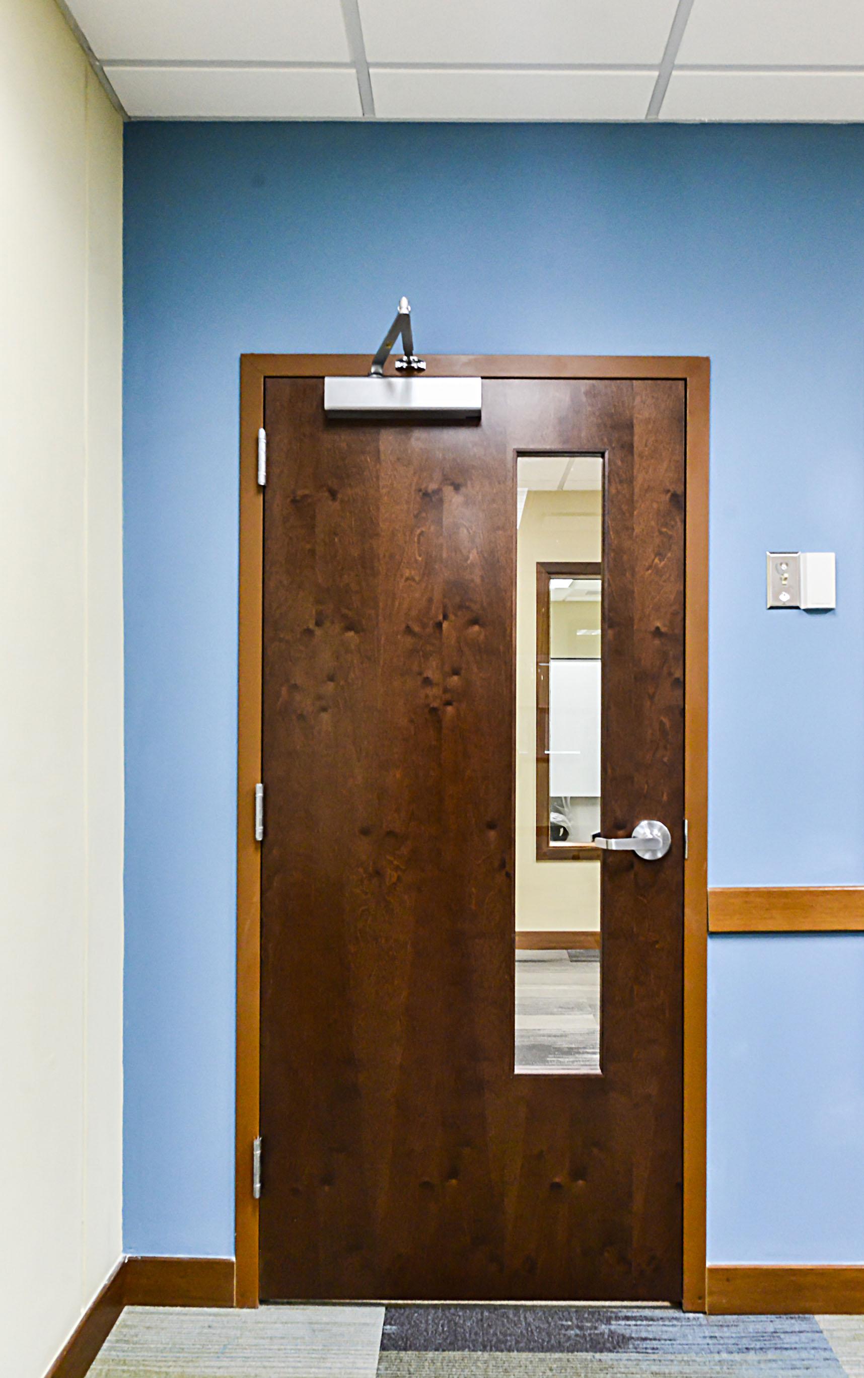 Commercial doors commercial garage doors hrmann regarding for 100 doors door 6